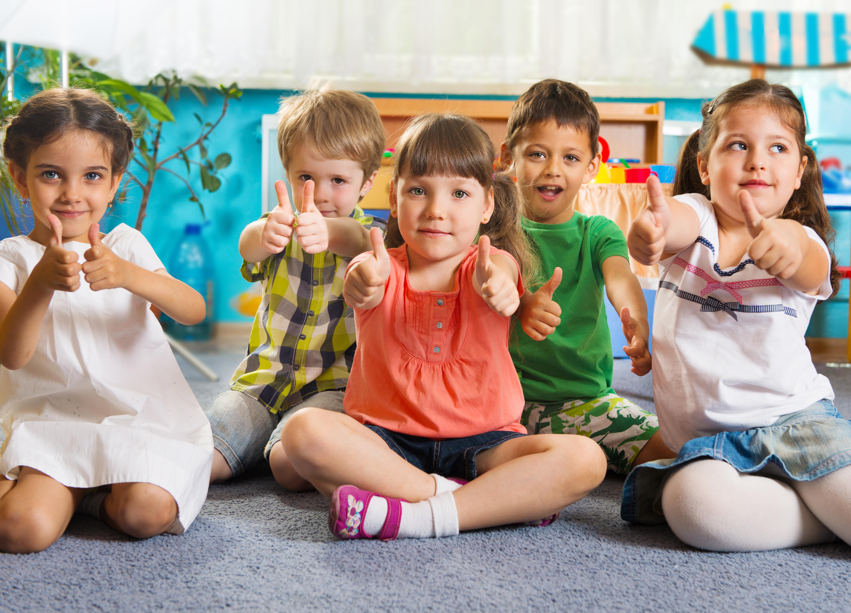 Kisgyermekgondozó, -nevelő OKJ képzés